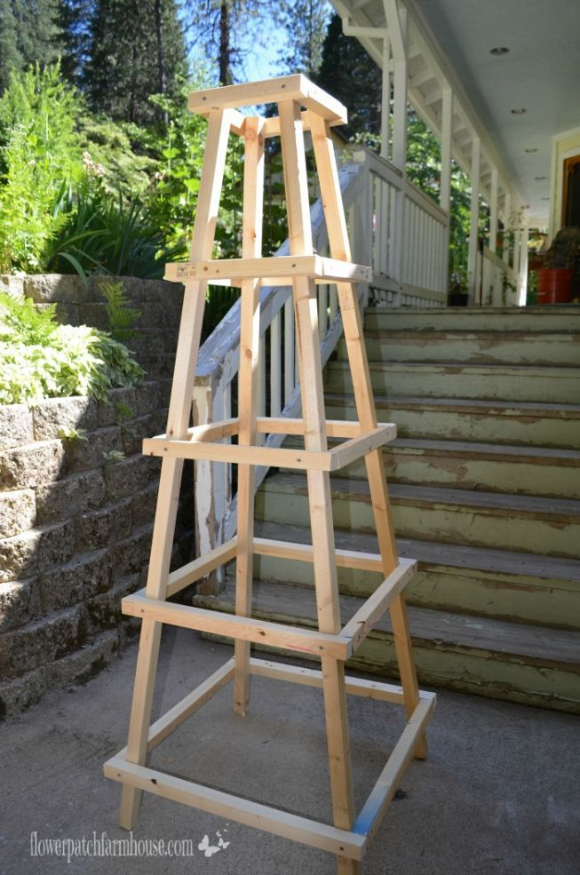 Diy easy garden obelisk easy garden for Garden obelisk designs