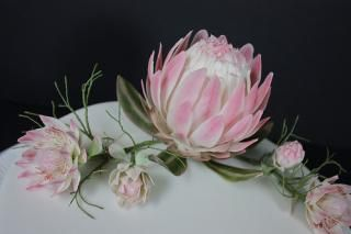 Sugarcraft protea. Hand crafted in Artista Soft to order please contact me for more information