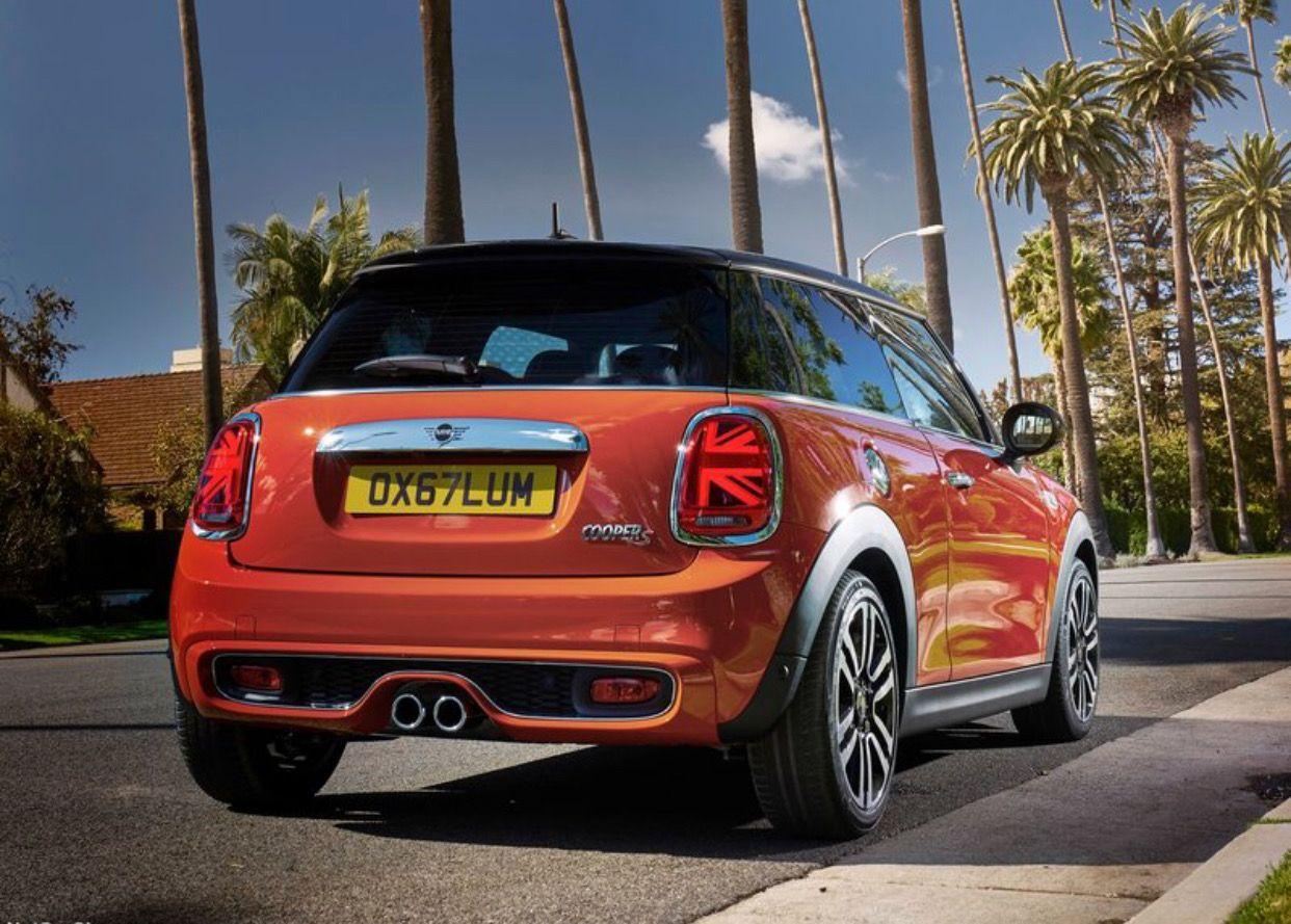 mini cooper s : the british premium automobile manufacturer