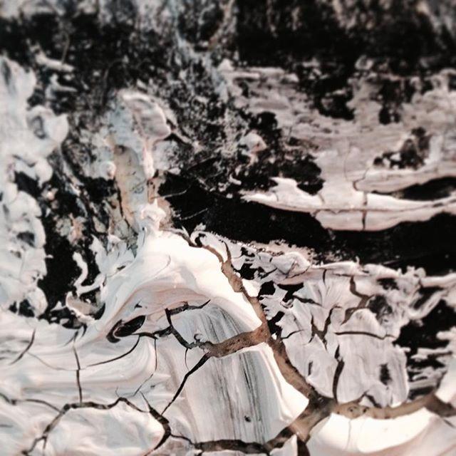 detalhe do trabalho de Mirella Farias | sem título | inspiração dasMädchen #arte #art #artecontemporanea #contemporaryart #textures #painting #pintura #mirellafariasdasmadchen