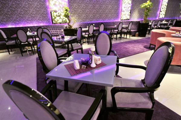قهوة وحلى النسائي Cafe Et Dessert Cafe Interior Conference Room Interior