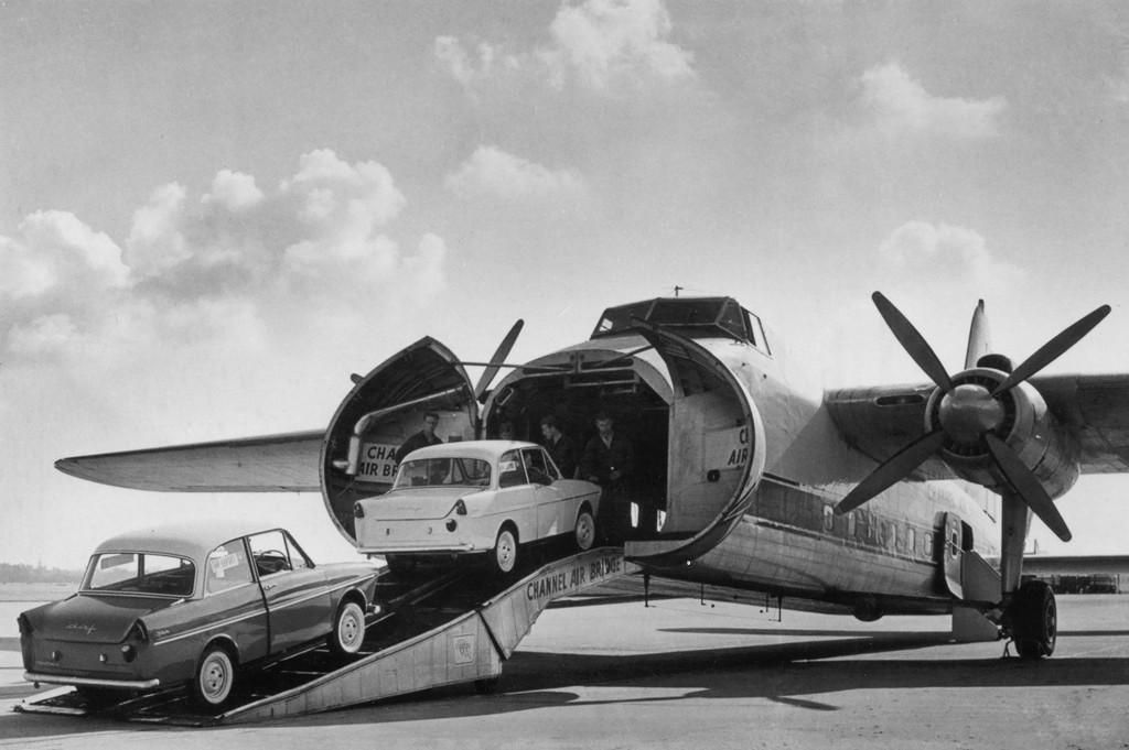 Channel Air Bridge, UK - Bristol B-170 freighter transporting DAF's (Dutch motorcars) on a so called car ferry - via PJ de Jong