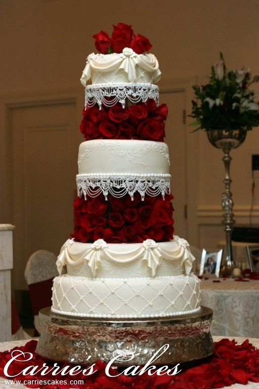 A Ot Of Red Rose Wedding Cakes