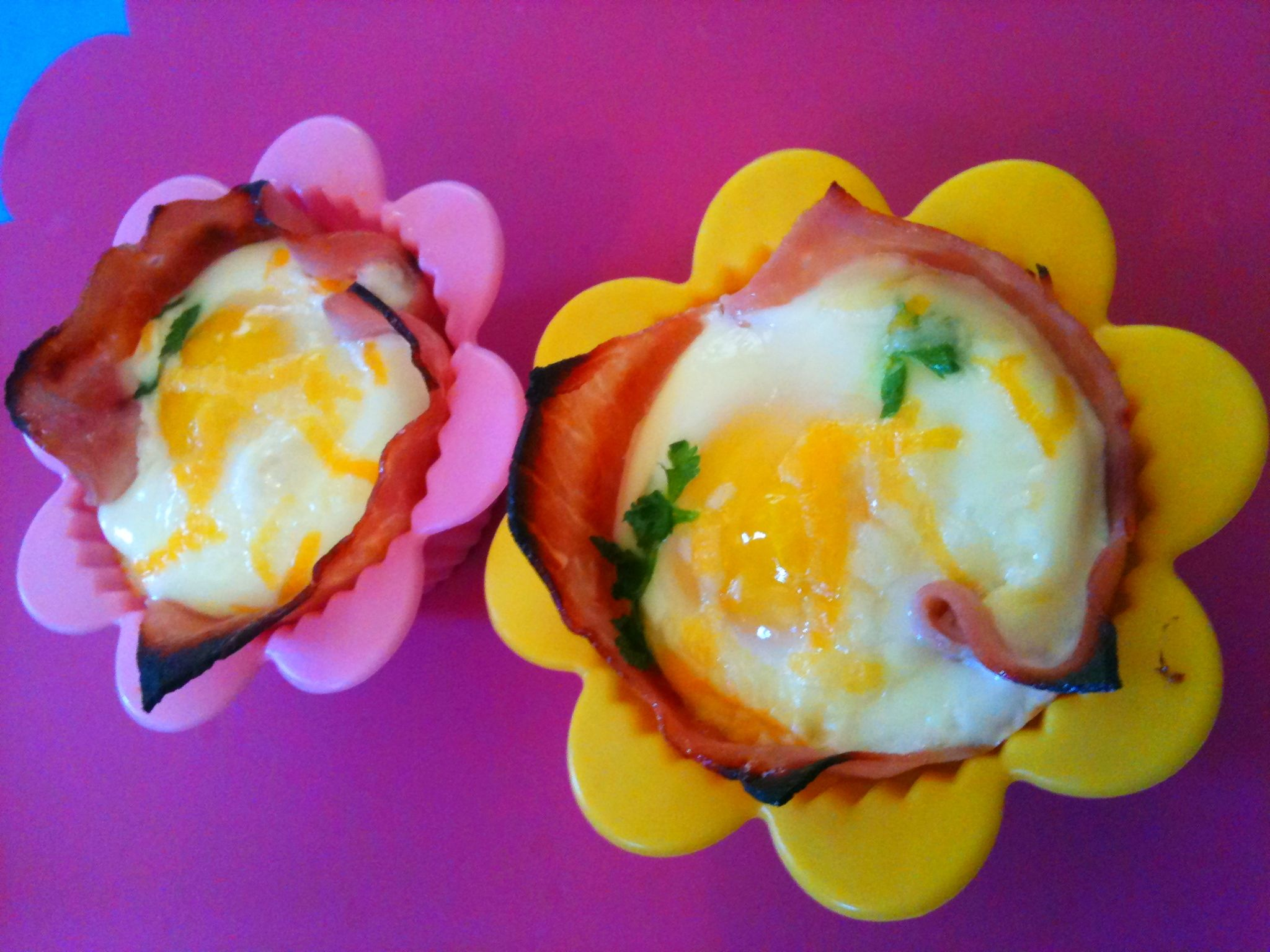 Healthy Ham/Egg cups baked in oven