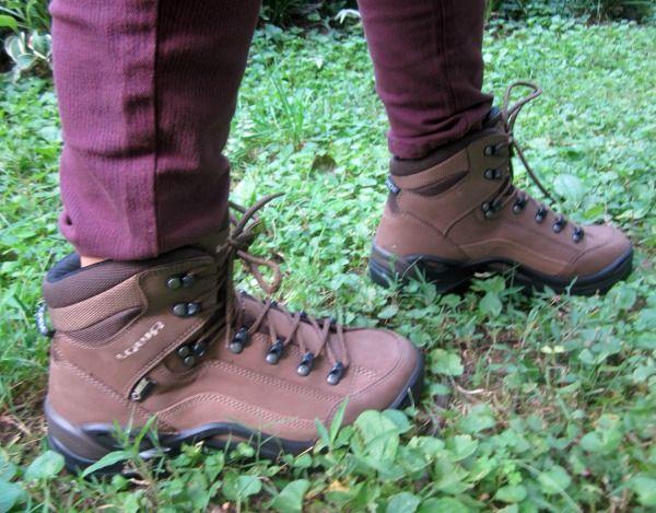 cc123bccfb3 Lowa Renegade GTX Hiking Boots Review | Women's Fashion Inspiration ...