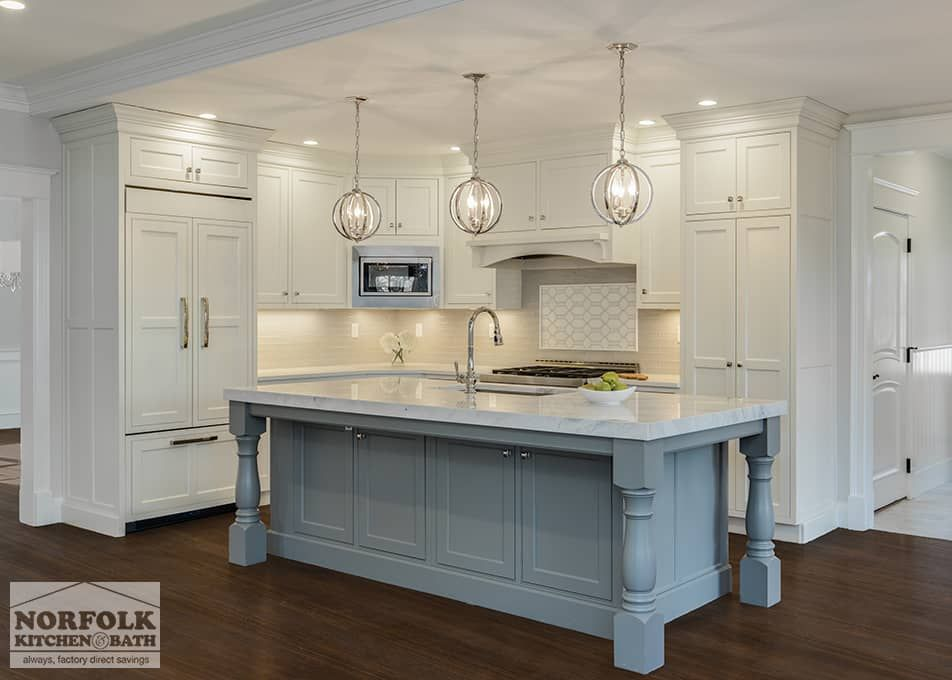 Beautiful Two Tone Kitchen With Furniture Legs Two Tone Kitchens