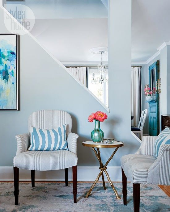 Mix and Chic: Home tour- A designer's chic and contemporary Toro...