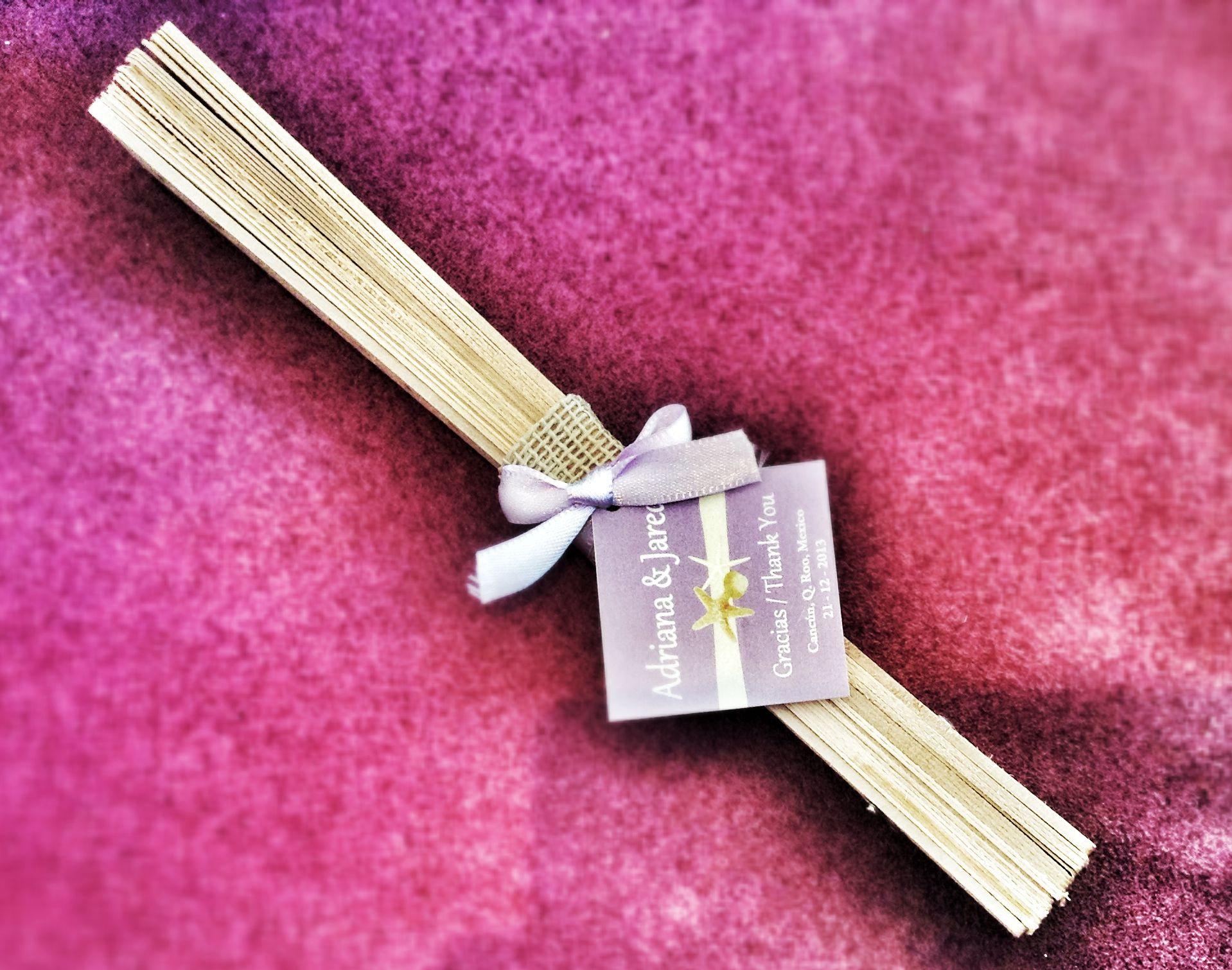Abanicos de madera decorado y personalizado para boda / Wood fan ...