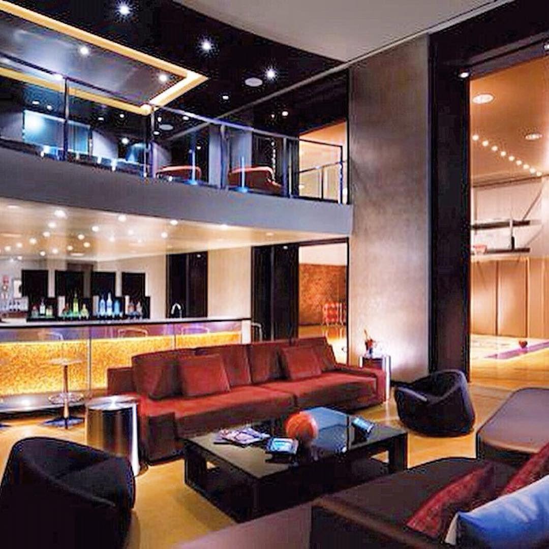 Vegashut This Is My Kind Of Hotel Room Vegas Hardwoodsuite