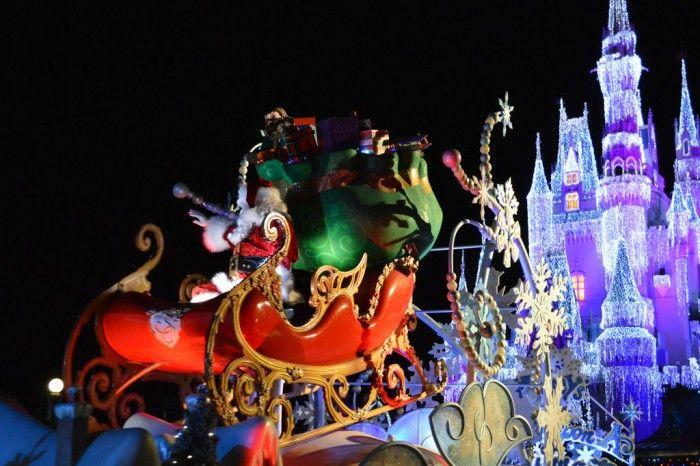 Reasons We LOVE Christmas at the Orlando Theme Parks - # 4