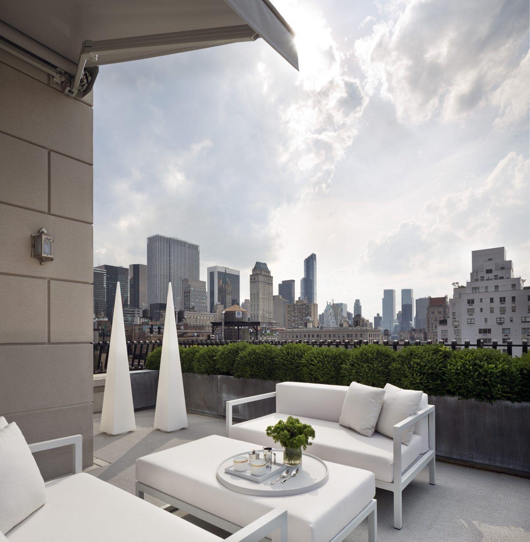 ROOM OF THE WEEK: LUXURY LIVING ROOM IN NEW YORK CITY   Living rooms ...