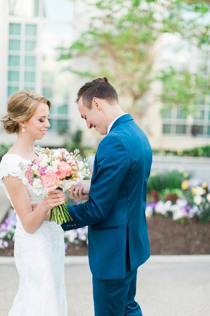 Emily + Landon | Abbey Kyhl | AK Studio & Design | Utah Bridal Photography | Salt Lake Photographer | Bride & Groom Session | Bridal Photography | Salt Lake Temple | LDS Weddings | Latter Day Bride | Blossom | Wedding Inspiration