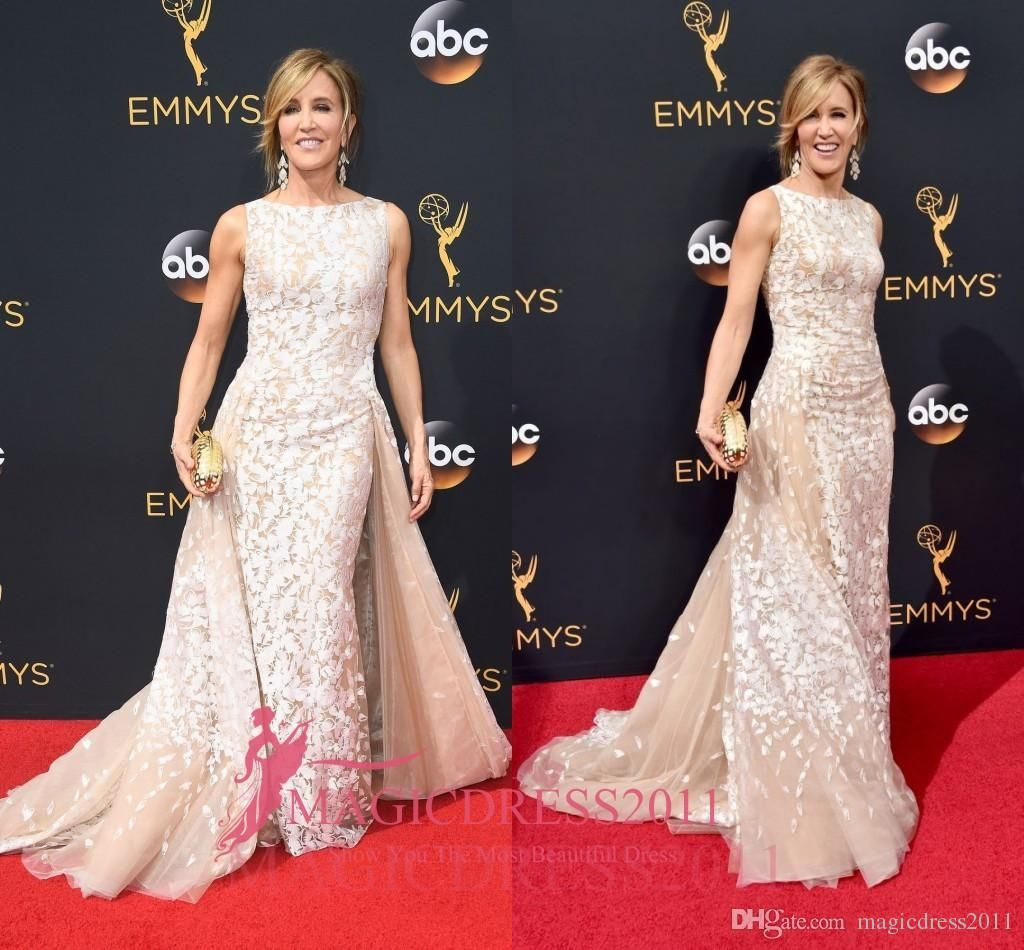 Felicity huffman long champagne evening celebrity dresses with white