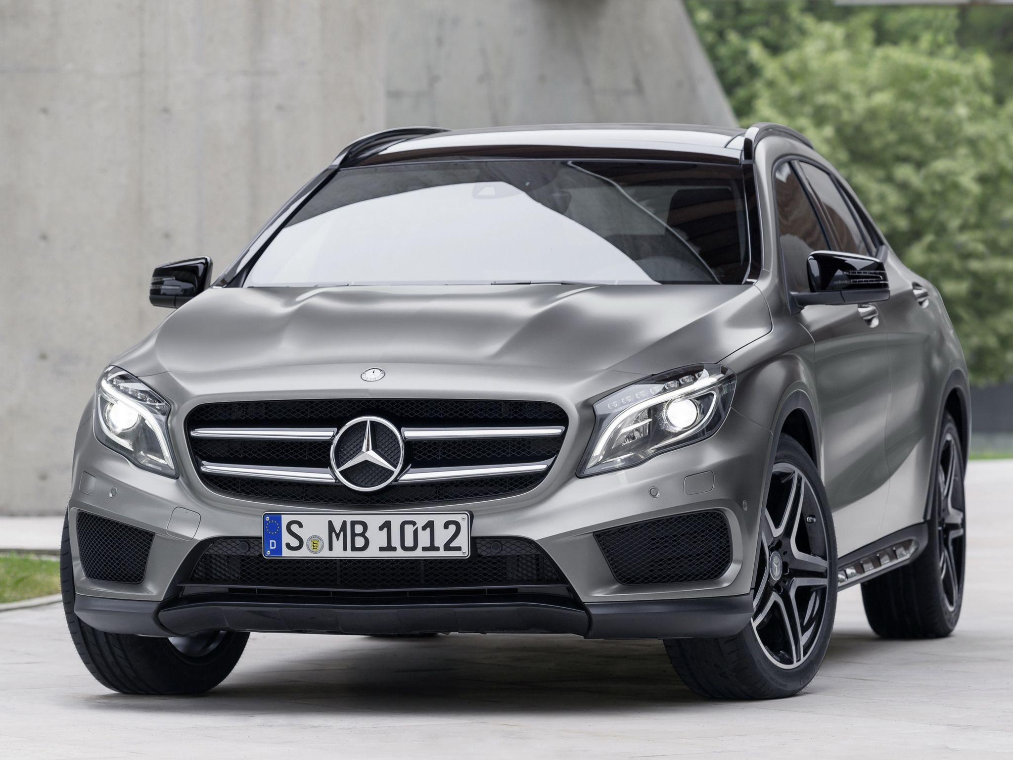 Mercedes Benz Gla 250 Amg 4matic 2014 With Images Mercedes