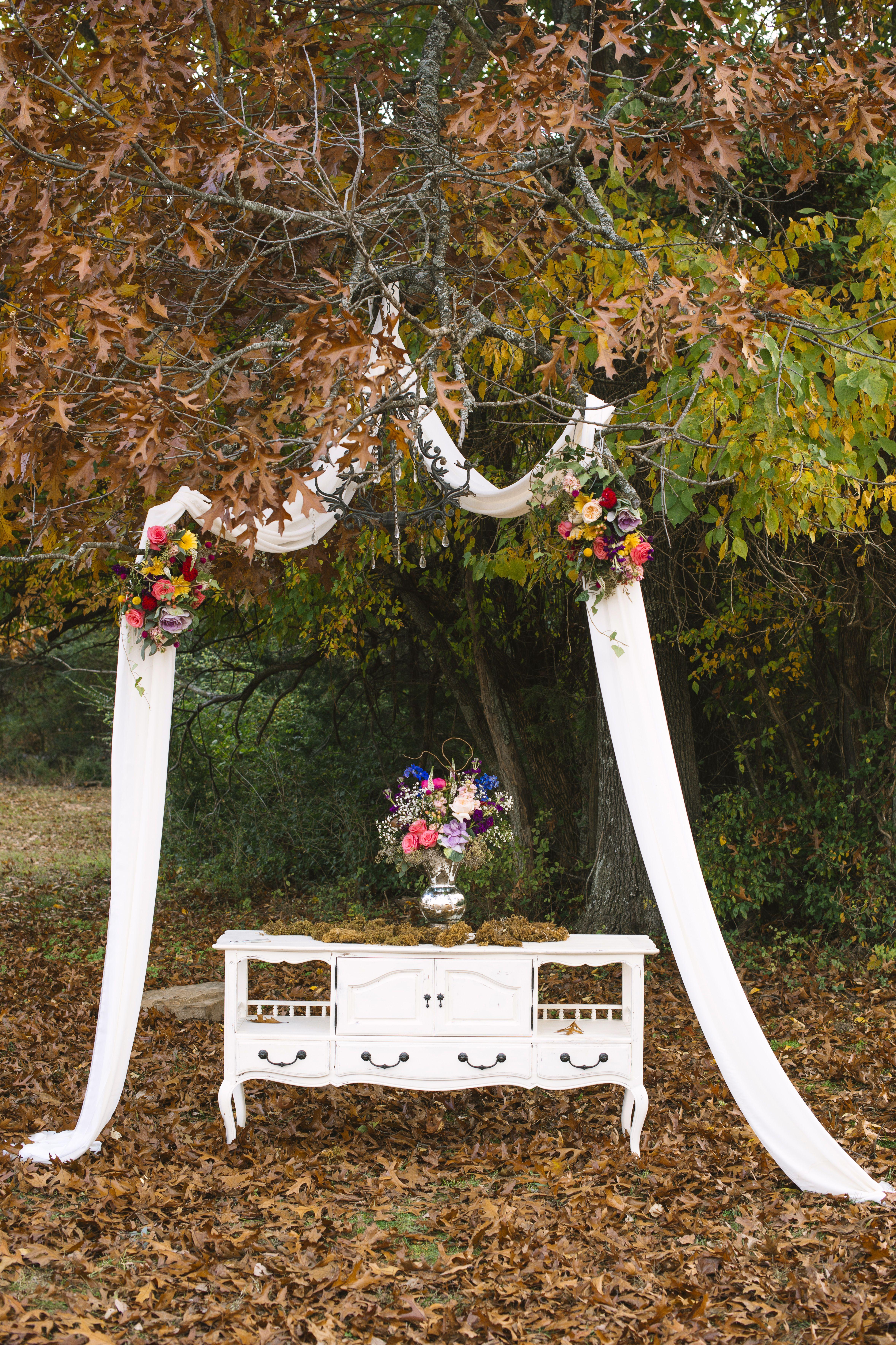 Vintage White Vanity Wedding Altar Decor