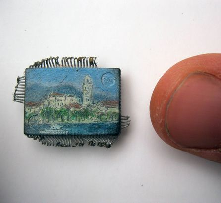 Painting on microchips using brushes made of eyelashes
