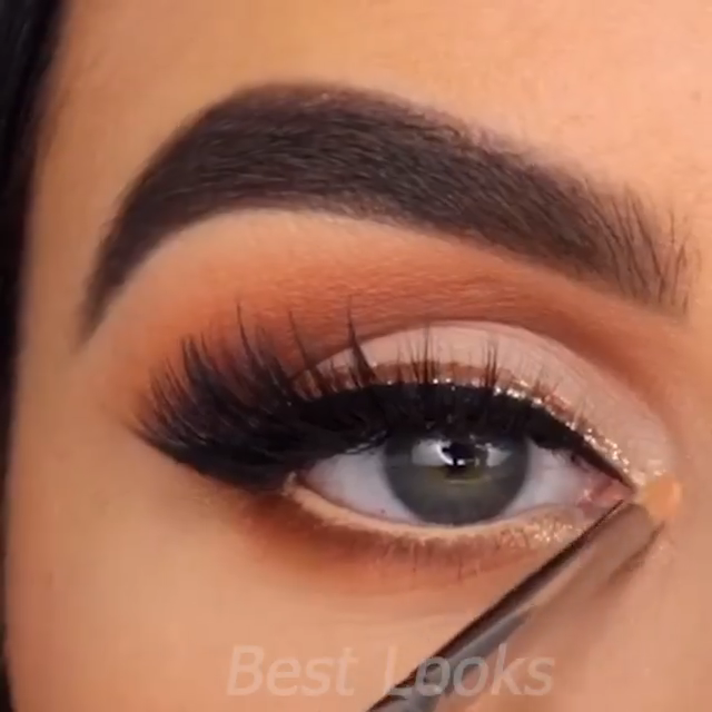 Photo of Eyes Makeup Tutorial