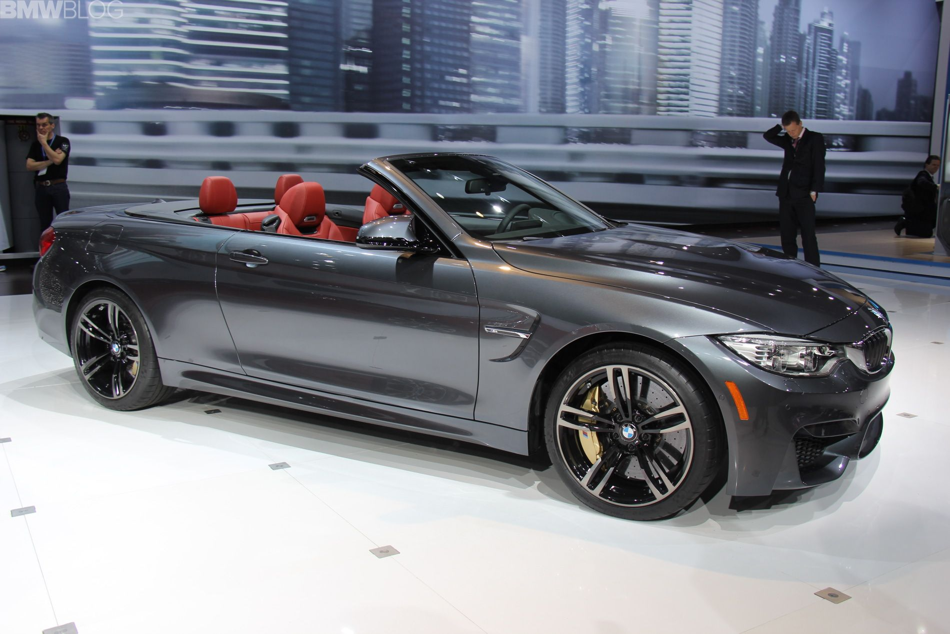 New Video BMW M4 Convertible from 2014 New York Auto Show