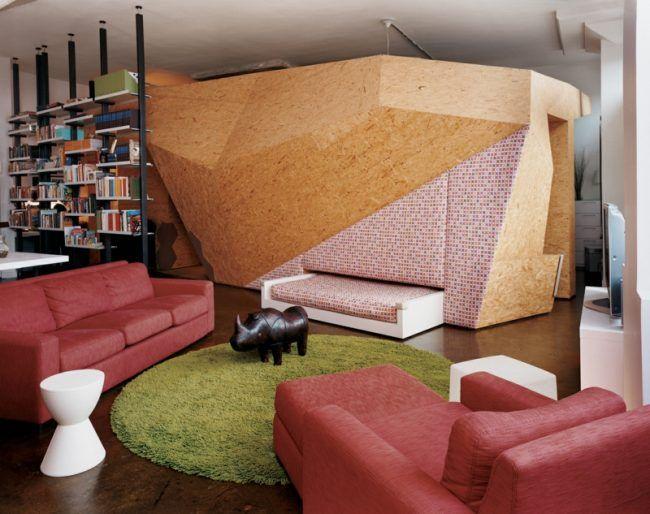 osb platten loft wohnzimmer raum bauen trennwand rund teppich gruen ...