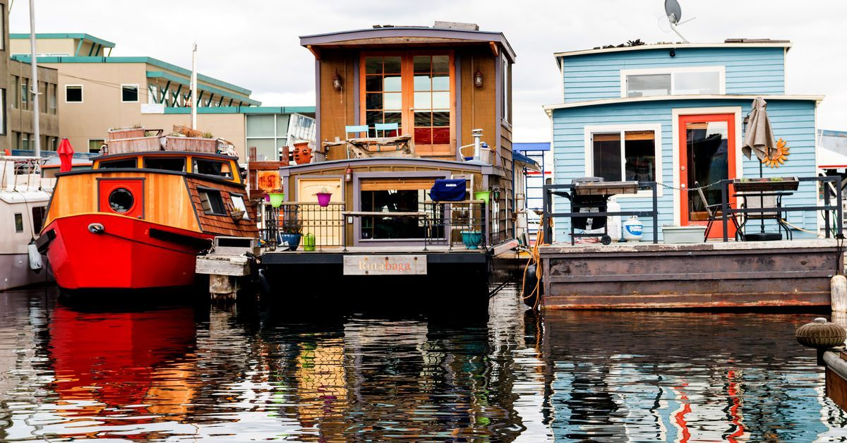 13 Houseboats And Floating Homes For Sale In Seattle Right Now