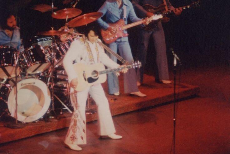 1976-elvis-presley-december-5-6