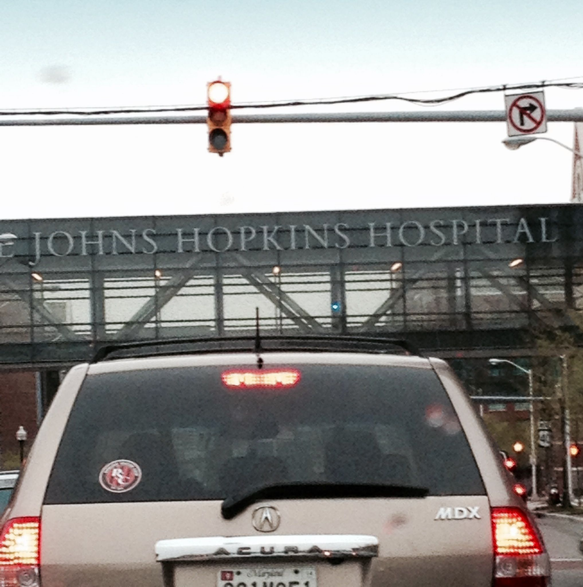 johns hopkins hospital...johnny hop... Johns hopkins