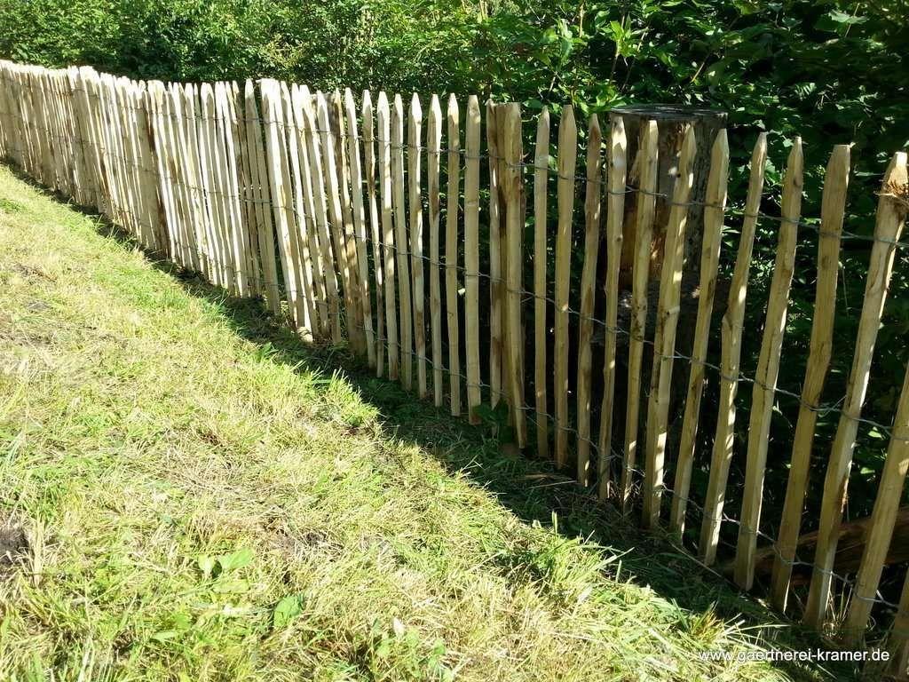 staketenzaun edelkastanienholz 120 x 7,5cm | kaufen und gärten