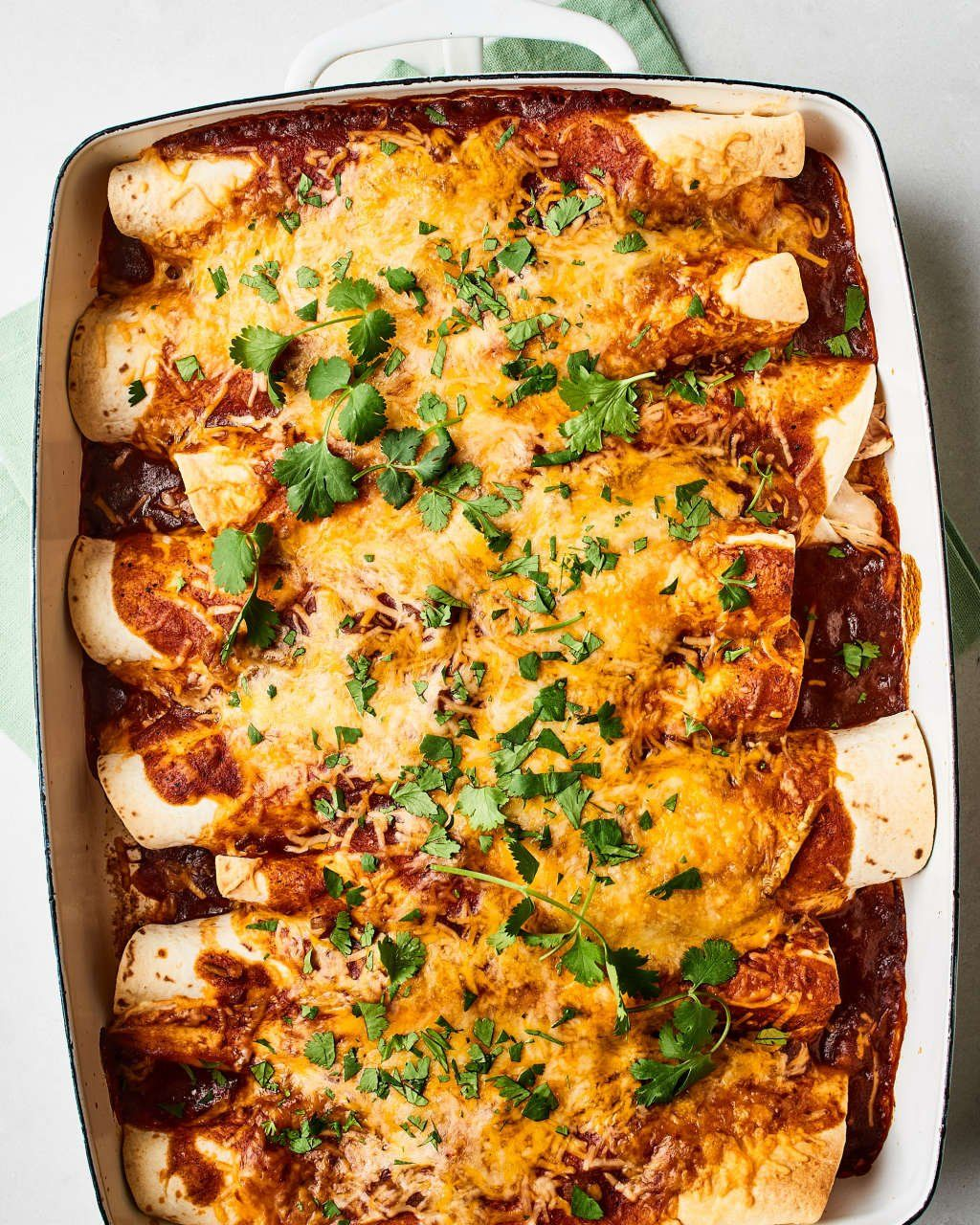 How To Make The Easiest Ever Chicken Enchiladas Recipe Chicken Enchiladas Easy Chicken Enchiladas Recipes