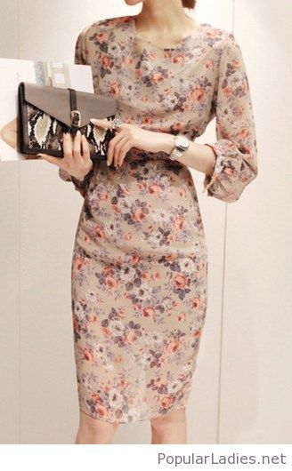Lovely midi dress design with flowers