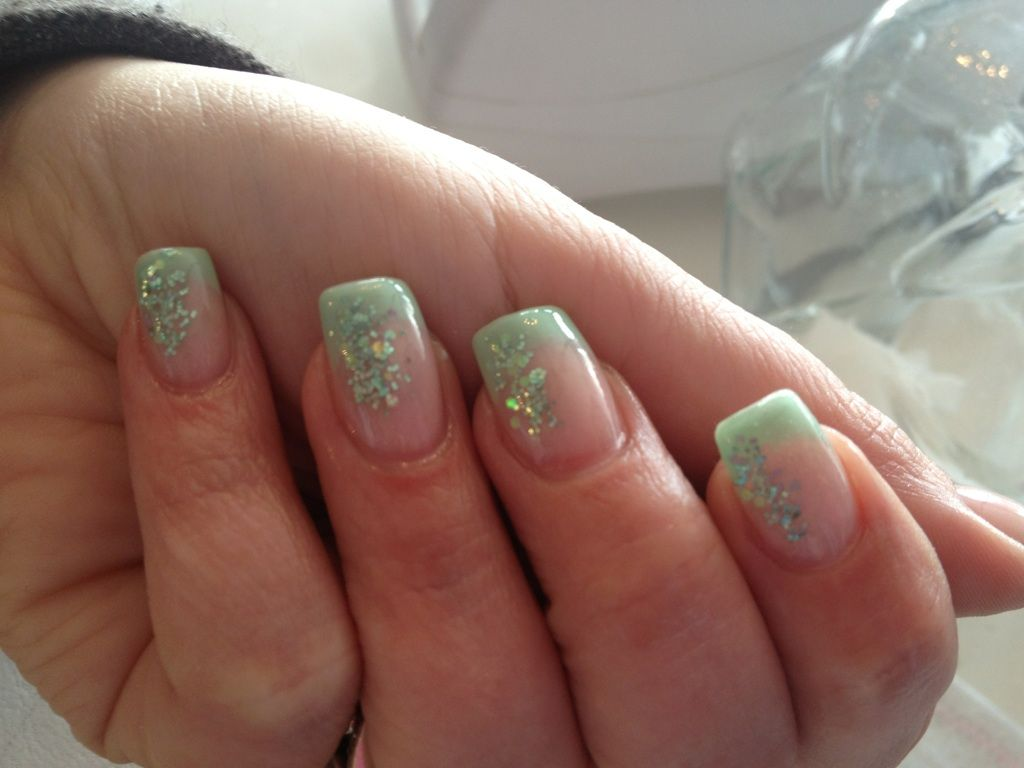 Used our new Gellack and glitter. | Negle | Pinterest