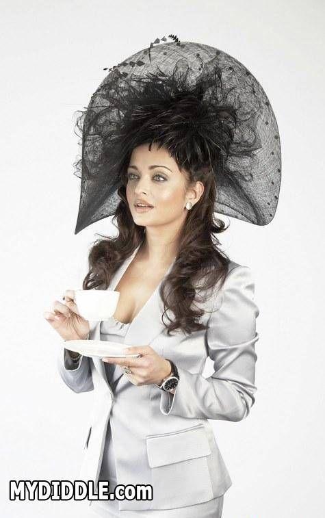 Aishwarya Rai Hot Pics In English Dress Bollywood Celebrities Aishwarya Rai Bachchan Hottest Pic