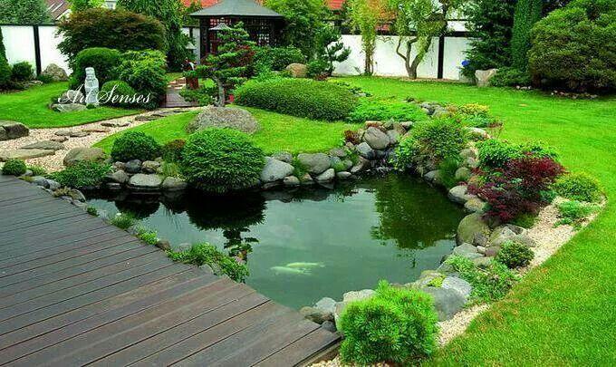 Z hrada zahrada pinterest gardens garden ponds and pond for Garden pond edging ideas