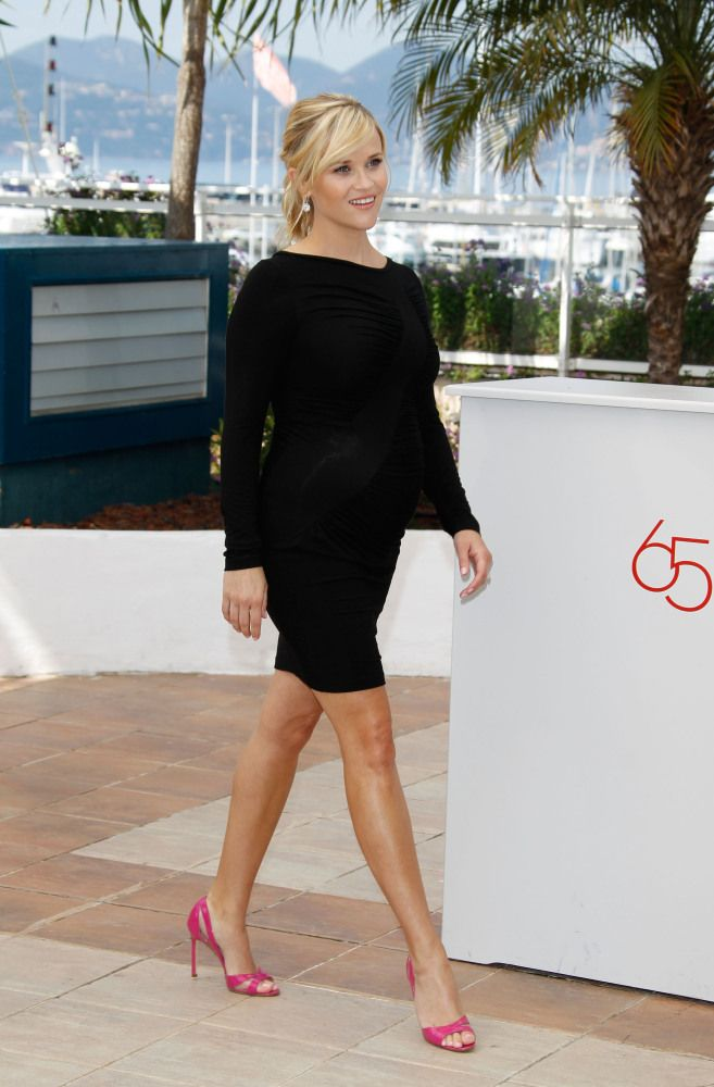 Black dress heels during pregnancy