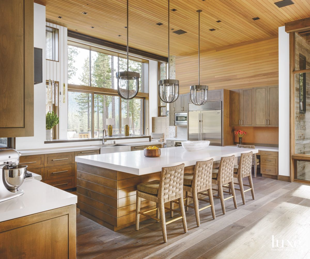 Explore The Best In Design View The Most Comprehensive Photo Collection Of Luxury Homes And Connect With Top Home Kitchens Modern Rustic Homes Wooden Kitchen