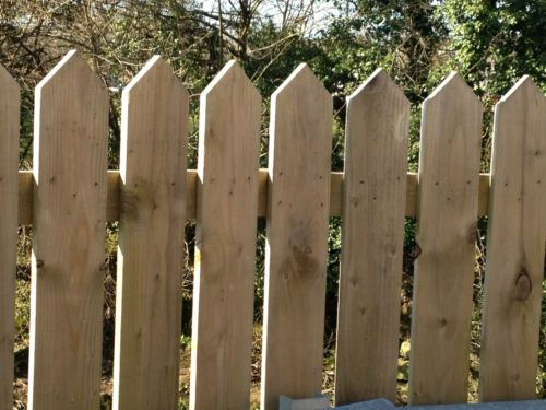 5 Pack 4ft High Pointed Top Pickets 6 Wide Garden Fence Picket Panels Pales Ebay Garden Fence Garden In The Woods Fence Pickets