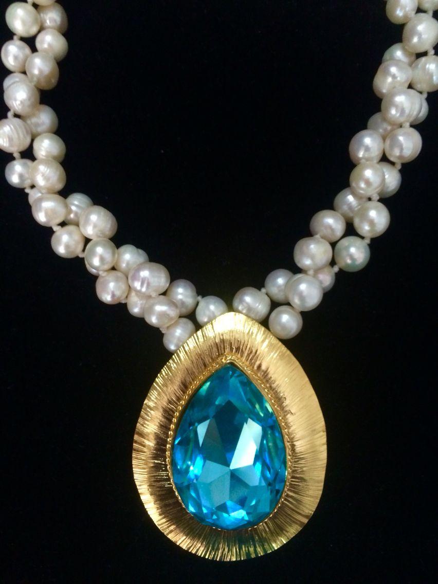 Collar en perlas Dije cristal en swarovskis