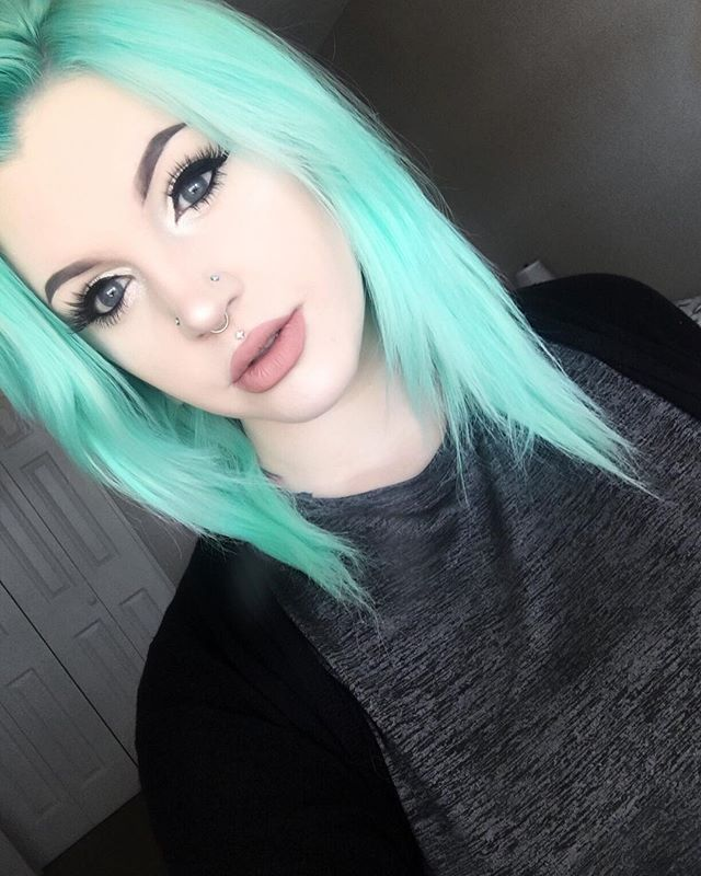 Websta dragonbby back to having my minty blue hair i always websta dragonbby back to having my minty blue hair i always feel more like myself with this color also really excited that my hair is gettin solutioingenieria Images