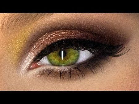 The best beauty tips from a PRO! Heavy Metal Smoky Eyes - Great for Hooded Lids!