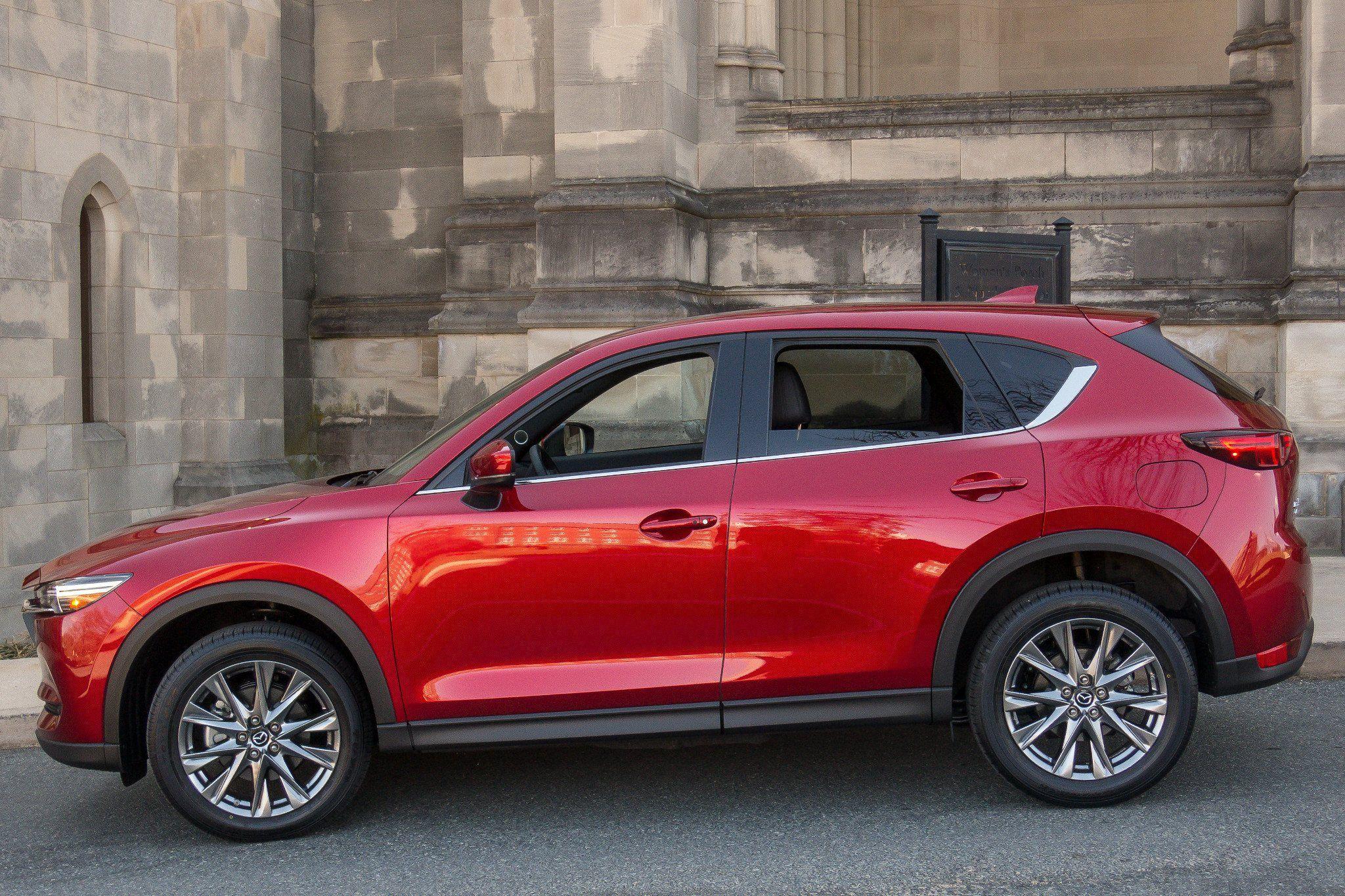 2020 New toyota Wish Engine in 2020 | Mazda, Compact suv