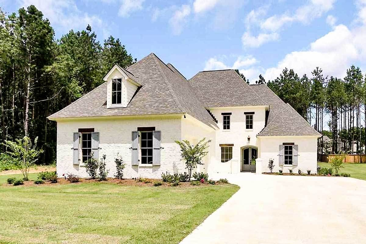 Plan wdy southern house plan with home office and bonus room