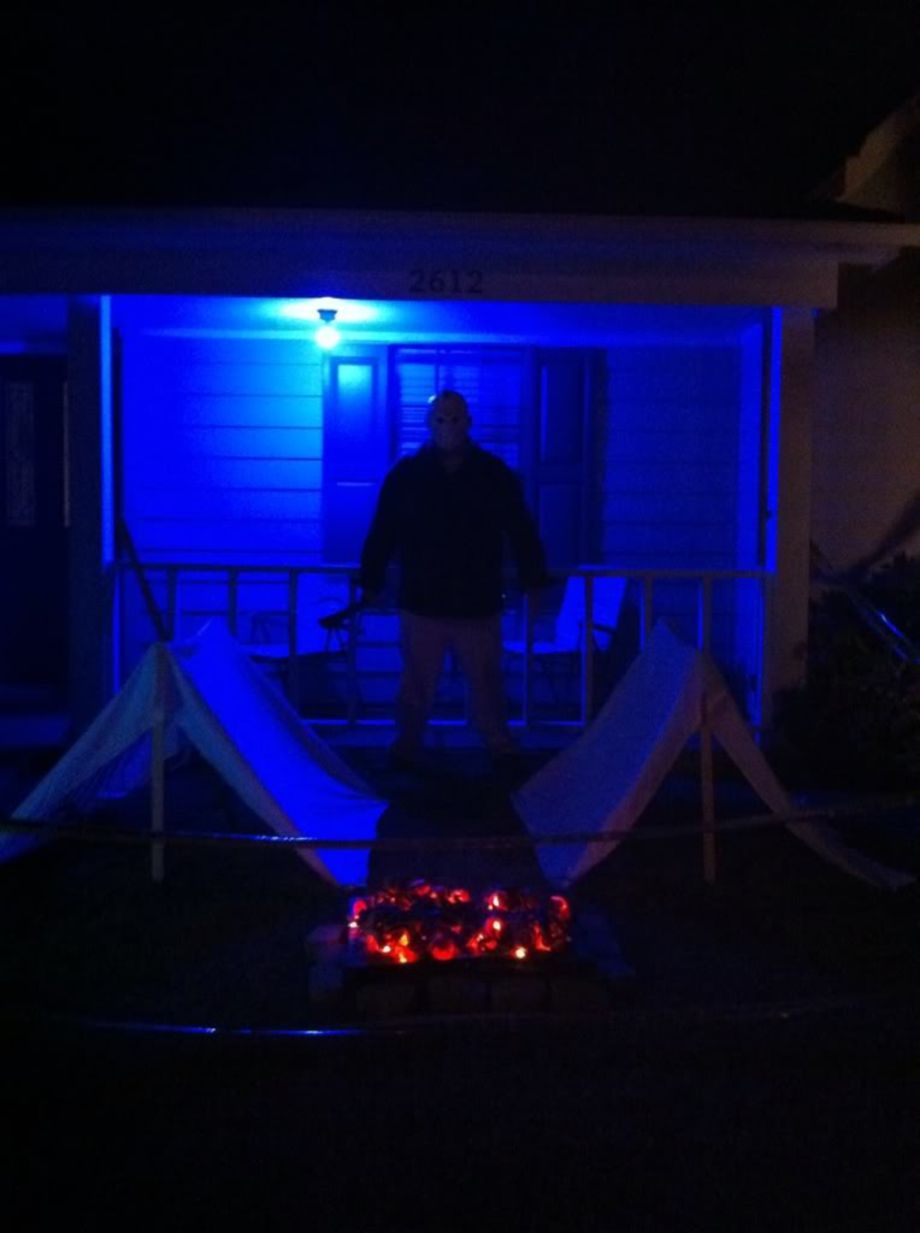 70 Cool Outdoor Halloween Decorating Ideas Halloween decorating - halloween houses decorated