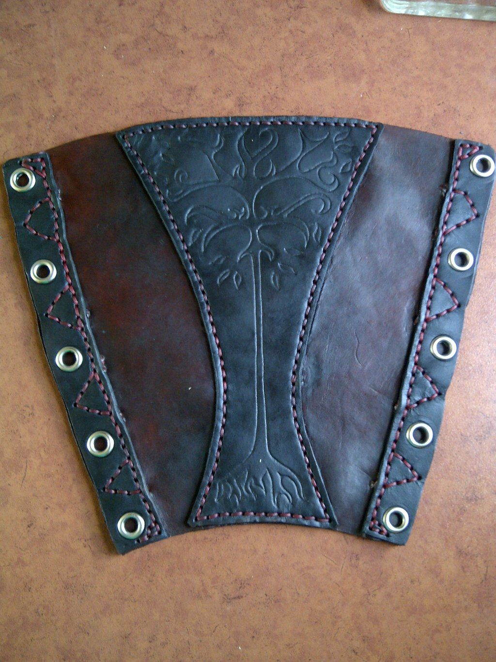 Leather Archery Arm Guard Sca Larp Armor Bracer Longbow Recurve Faire Hunting Sporting Goods