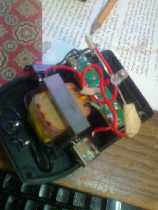 &  el circuito de  mis  bocinas, muy sencillo pero sirve
