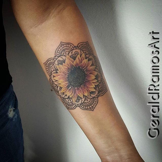 image result for sunflower with sacred geometry center tattoo tattoos pinterest tattoo. Black Bedroom Furniture Sets. Home Design Ideas