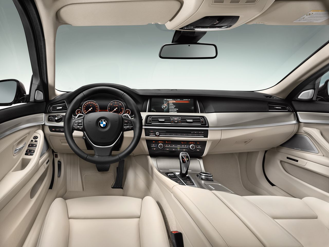 2014 Bmw 5 Series Touring Interior Love With Images Bmw 5
