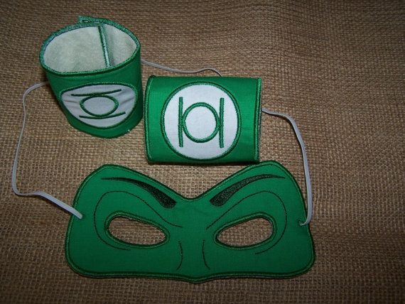 Hey, I found this really awesome Etsy listing at https://www.etsy.com/listing/200492078/green-lantern-mask-and-cuffs-for-the-5x7