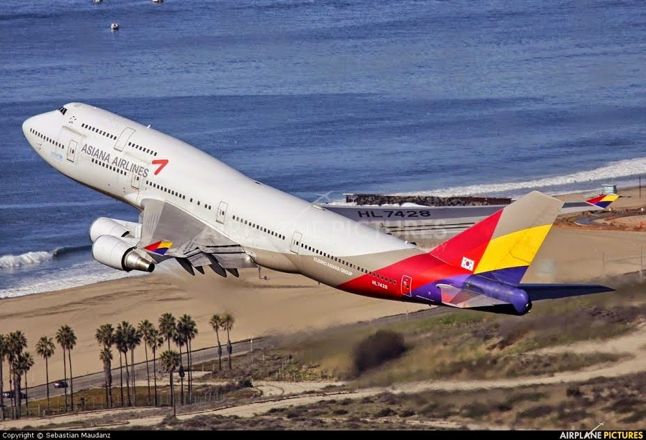Asiana Airlines B747 departing LAX in August 2014.