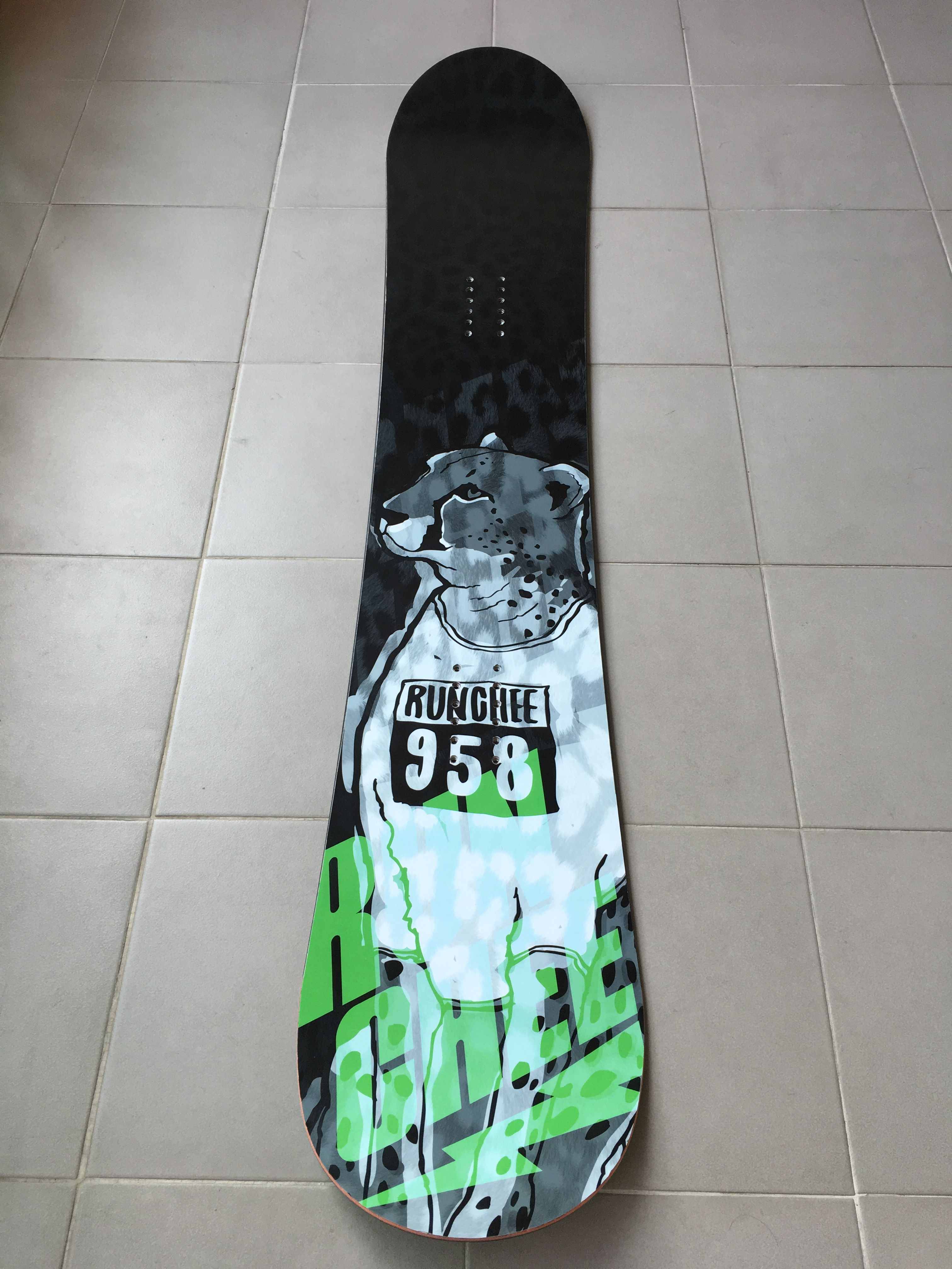 All round runing cheetha 'RUNCHEE' Extreme brand character snowboard sticker graphicer tuning design. Designed by DOLDOL. www.graphicer.com.  #Snowboard #skateboard #sk8 #longboard #surf #hiphop #bike #graphicer #mtb  #스노우보드 #롱보드 #그래피커 #치타 #스노우 #헬멧 #graffiti #character #돌돌디자인 #emblem #힙합 #stickers #인스타그램 #cheetha #runing #헬멧튜닝 #헬멧스티커 #helmet #스노우보드스티커