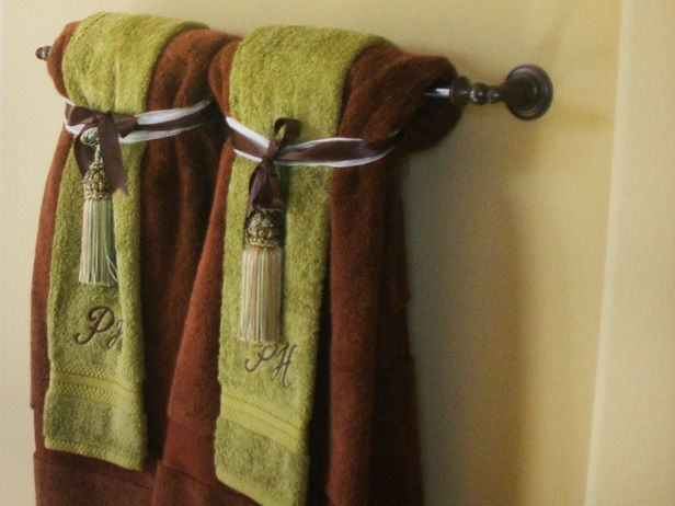 Best 25 Decorative Bathroom Towels Ideas On Pinterest Bathroom Towels Towel Display And