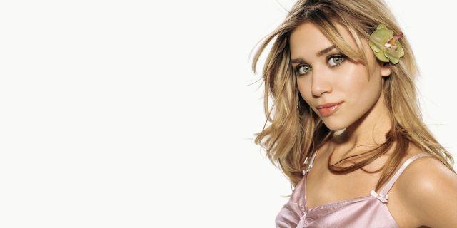 Ashley Olsen Girl Face Celebrity Wallpapers Singer Tv Girl Face